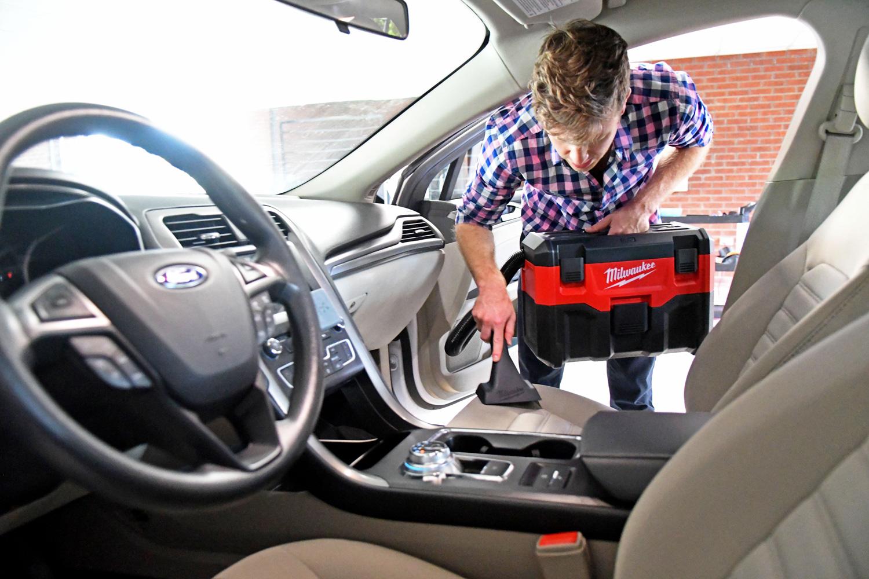 milwaukee-car-vacuum-test