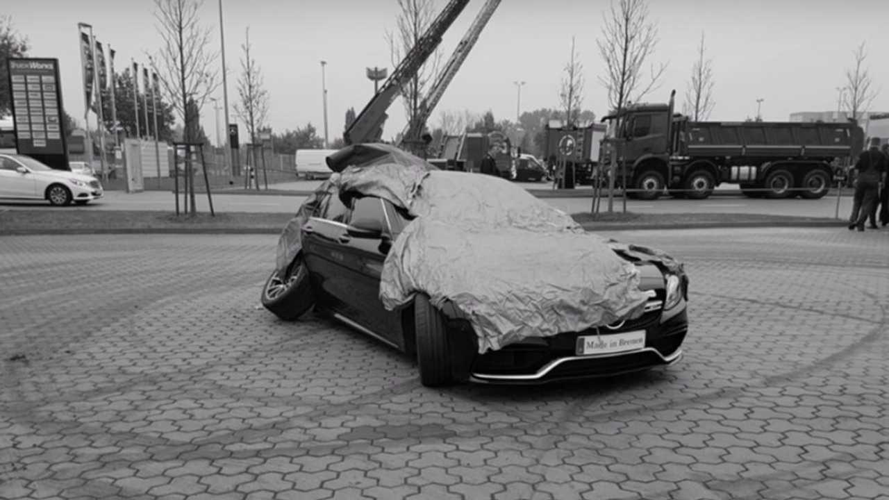 Crash Mercedes-AMG C 63 S