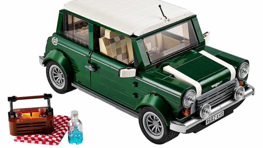 VIDÉO - Idée cadeau : La Mini Cooper Mark VII de Lego