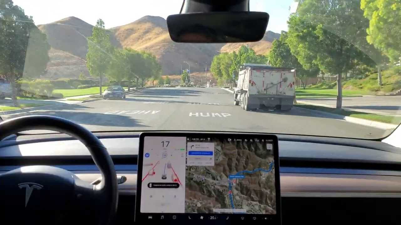 Tesla's Full Self-Driving Beta 'Learns' Roundabouts And ...