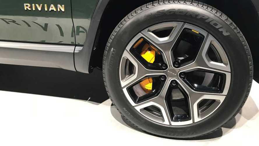 Pirelli cria pneus sob medida para os veículos elétricos da Rivian