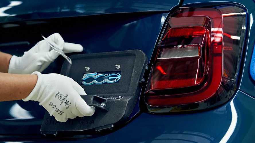 Stellantis sarà un colosso elettrico (e venderà batterie agli altri!)