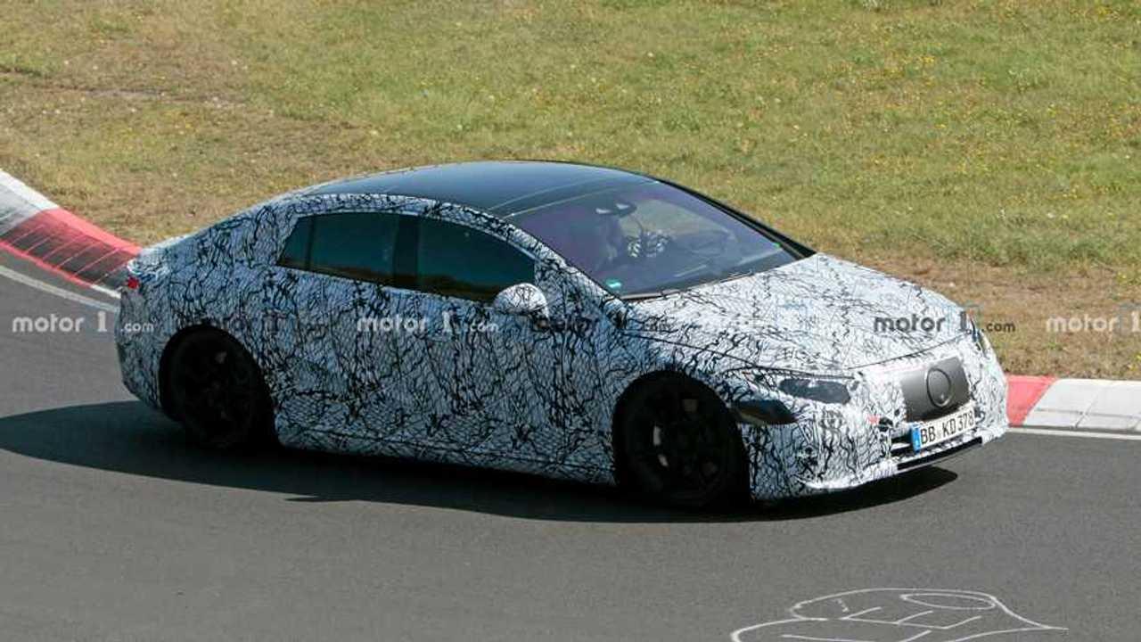 2022 Mercedes EQS spy photo