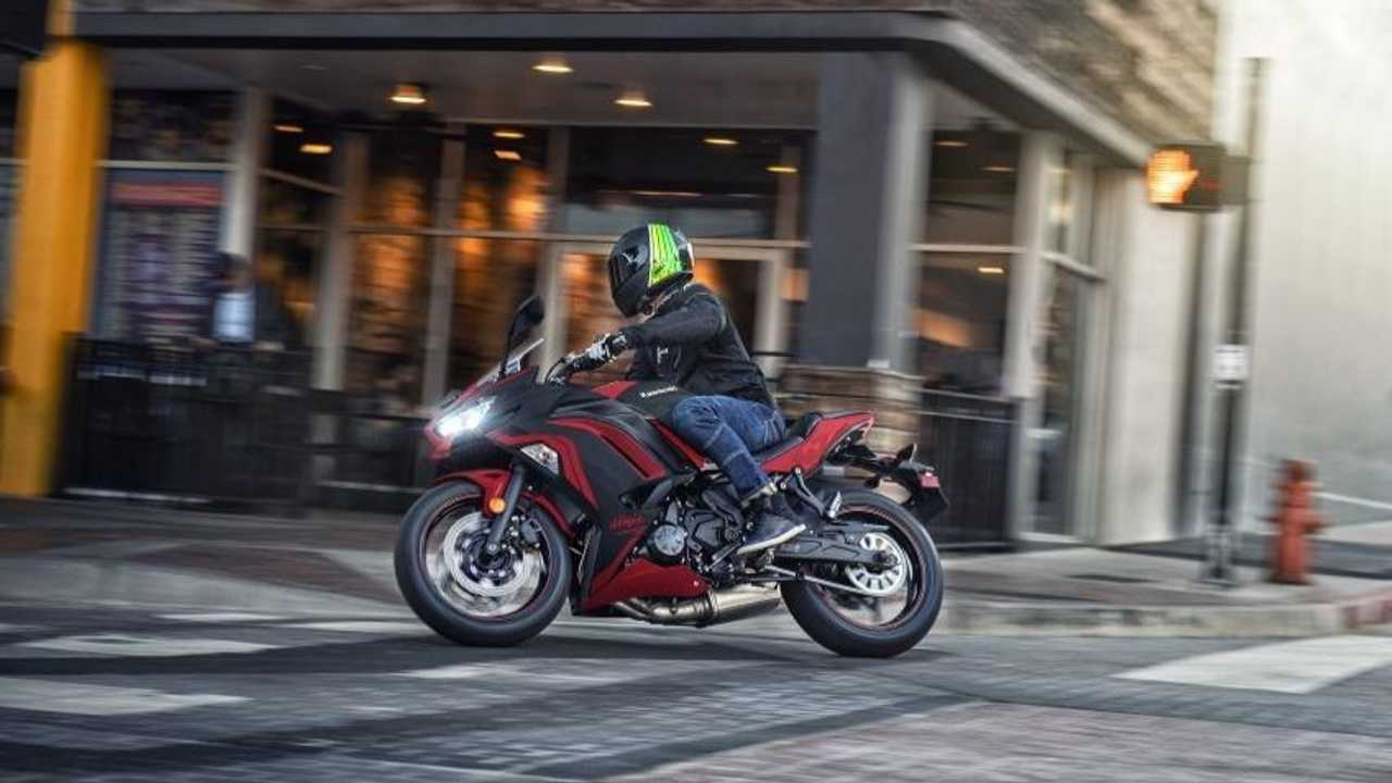 2021 Kawasaki Ninja 650 Action
