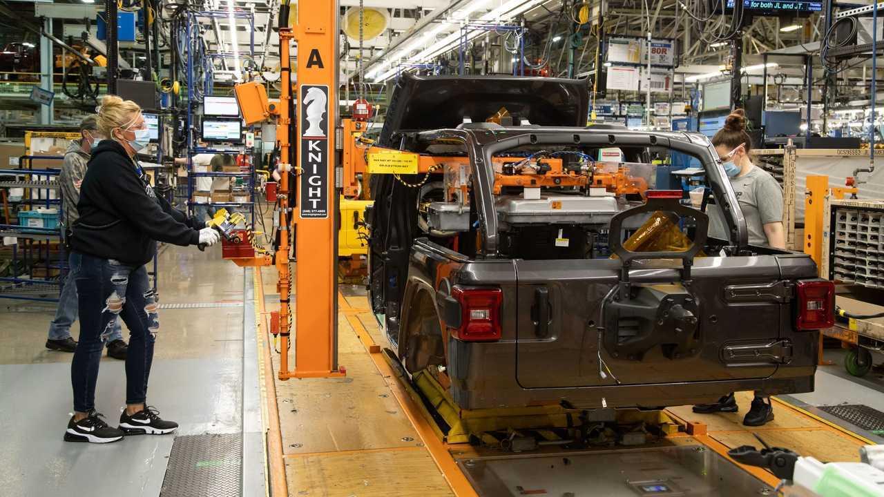2021 Jeep Wrangler 4xe production