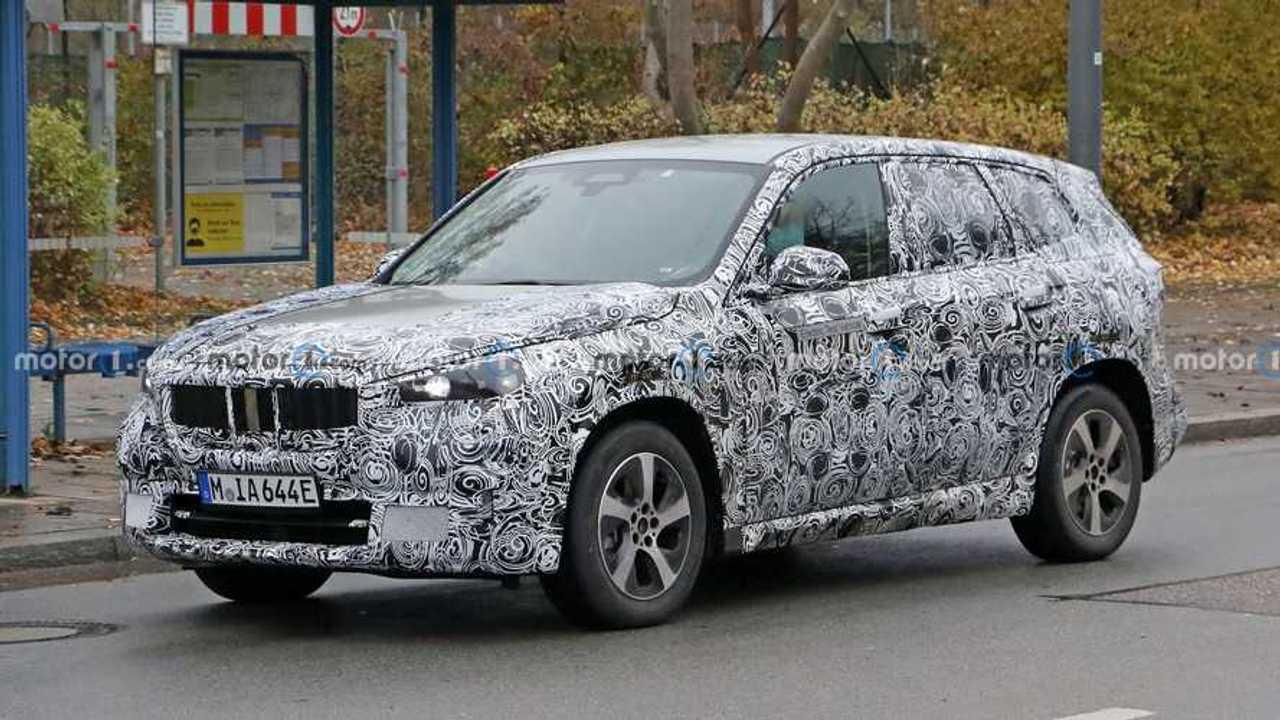 BMW iX1 als Erlkönig
