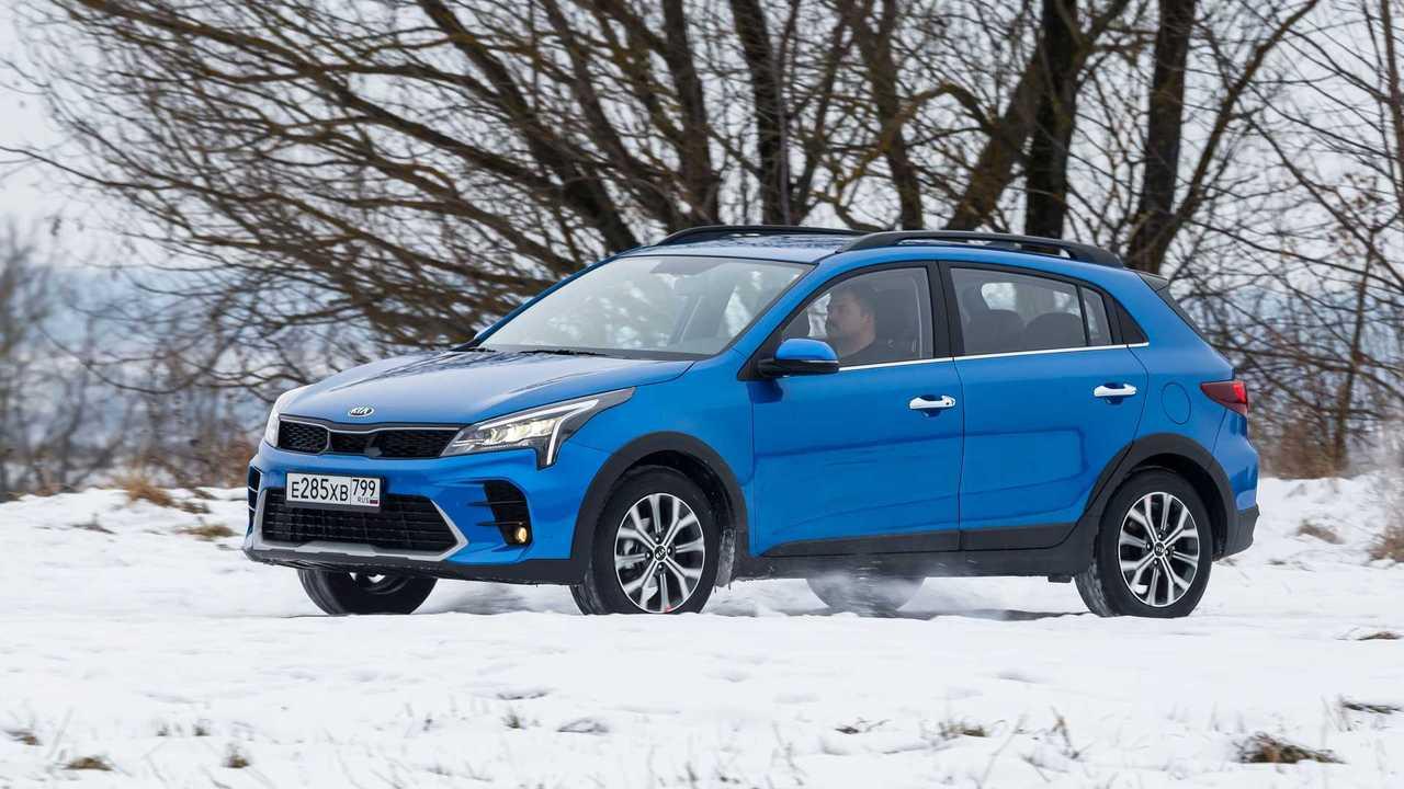 В январе россияне купили менее 100 тысяч новых автомобилей