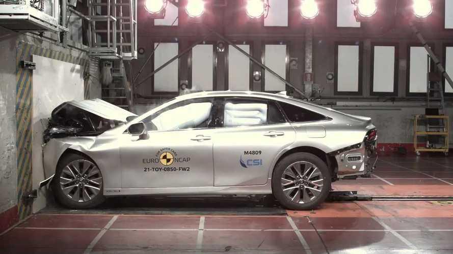 Toyota Mirai, i crash test di EuroNCAP