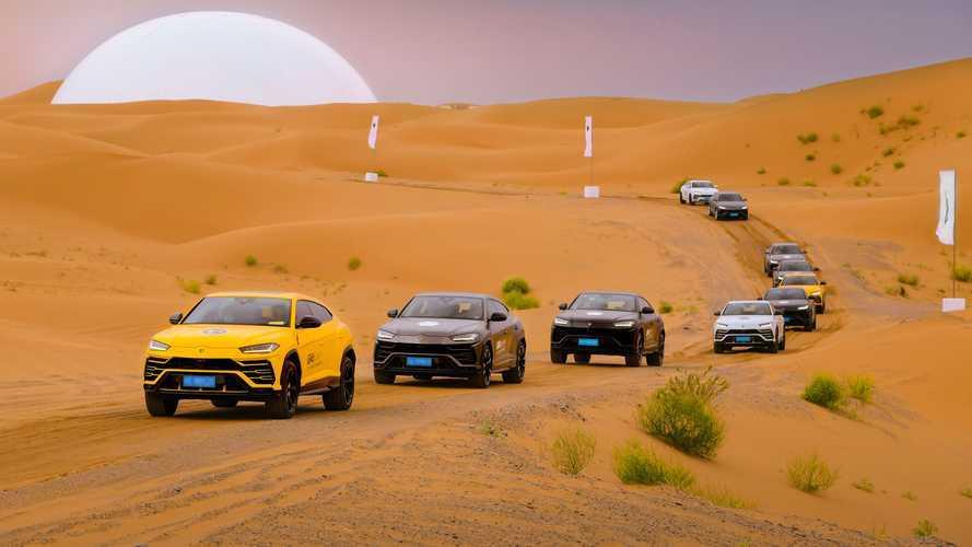 Viaggio in Cina: tour spettacolare per 42 Lamborghini speciali