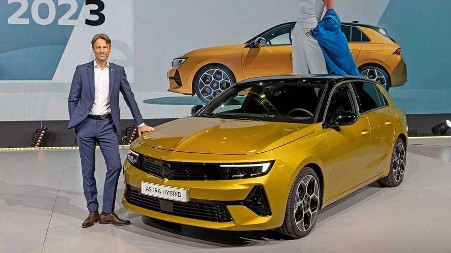 L'Opel Astra potrebbe diventare anche crossover