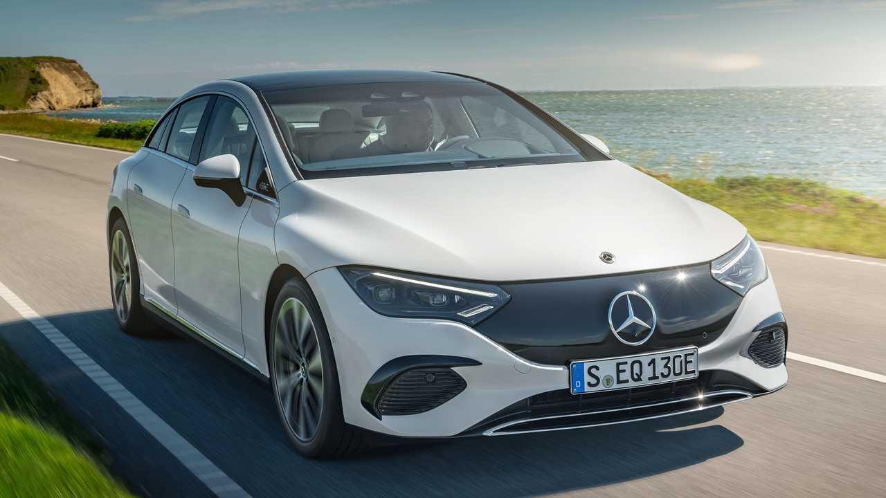 Mercedes-Benz показал EQE – конкурента Tesla Model S и Porsche Taycan