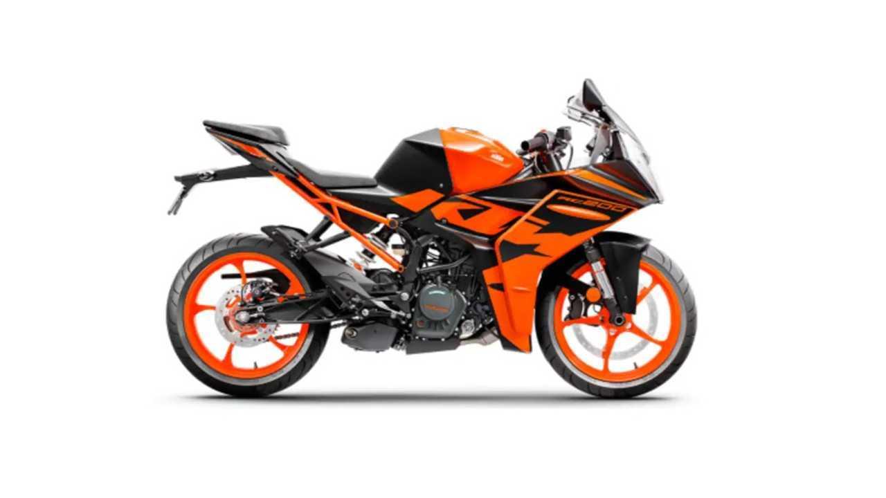 2022 KTM RC200