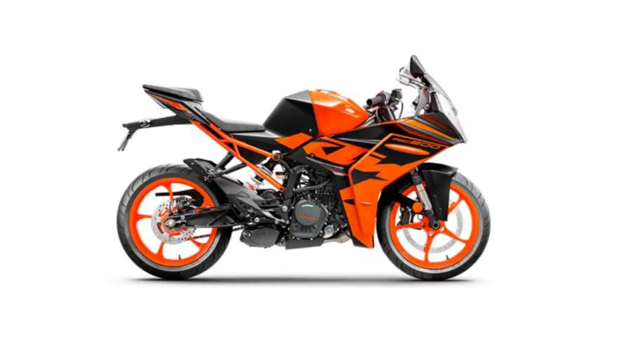 Is The New KTM RC 200 The Perfect Beginner Track Bike?