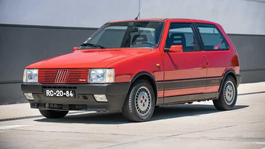 Este Fiat Uno Turbo foi parar nos EUA e vai a leilão