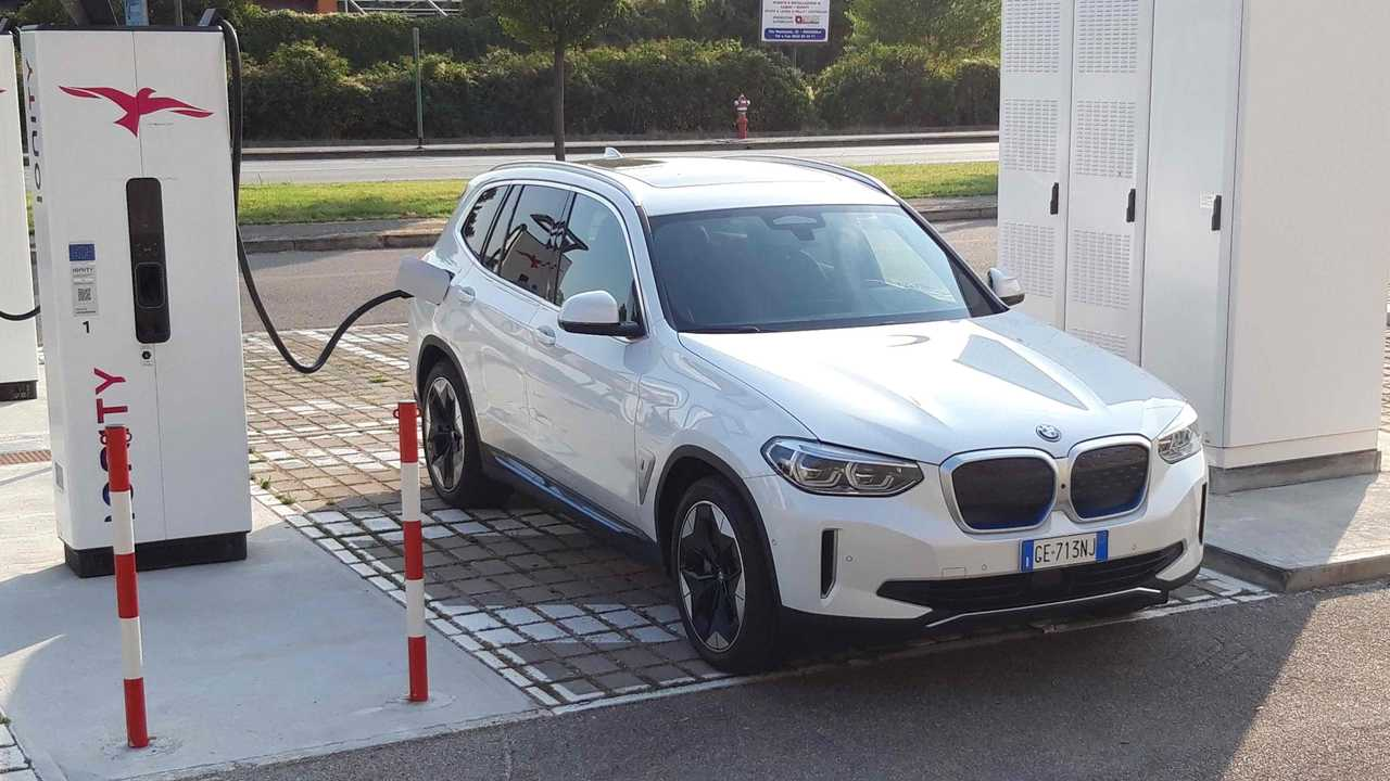 Prueba consumo BMW iX3