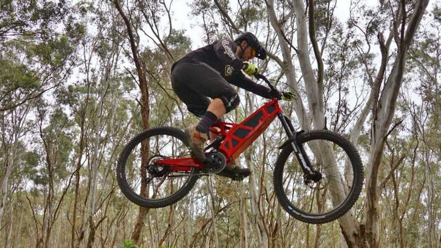 Stealth Electric Bikes Secures Distribution Deal With VMoto Soco