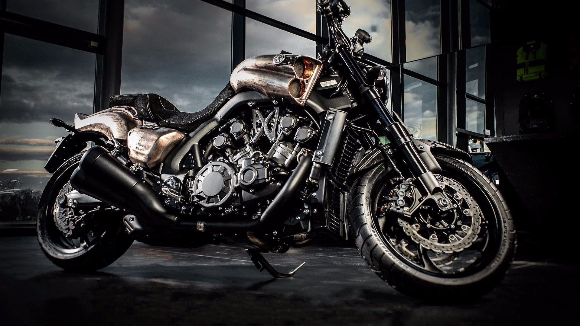 Carlex Channels Mad Max For Custom Yamaha V 1700