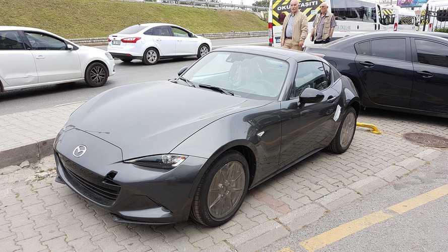 Mazda MX-5 RF'nin ilk örnekleri Türkiye'ye giriş yaptı