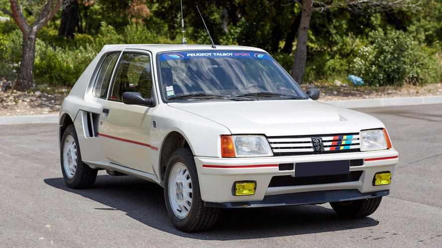 Peugeot 205 T16 Artcurial
