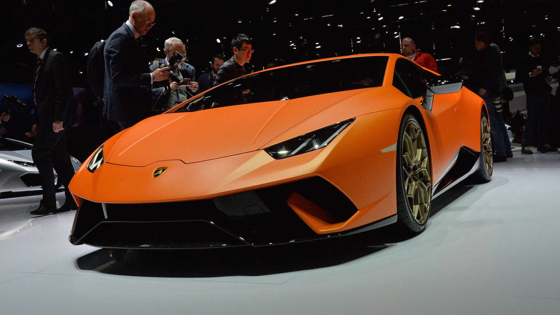 Lamborghini Huracan Performante Has The Brand S Most Powerful V10 Ever