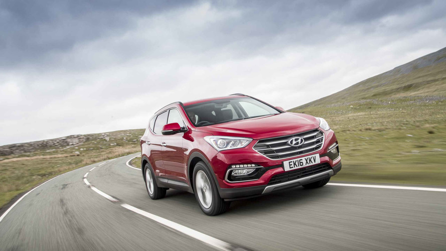 2015 Hyundai Santa Fe review: Utilitarian but pricey