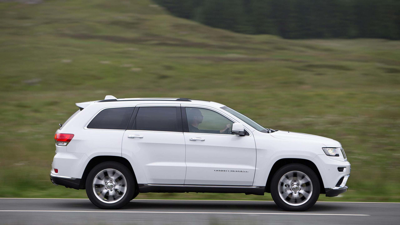 2013 jeep grand cherokee review rugged but outclassed. Black Bedroom Furniture Sets. Home Design Ideas