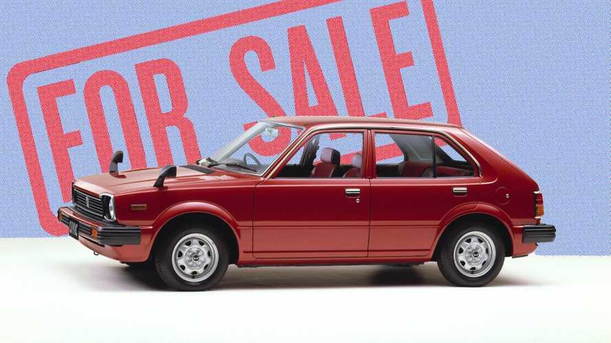 Továbbra is megállás nélkül importáljuk a 10 évnél is idősebb használt autókat