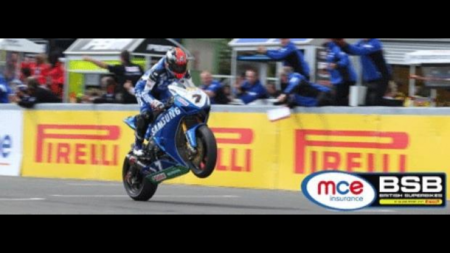 BSB 2012: Knockhill, Gara1 a Byrne, Gara2 a Laverty