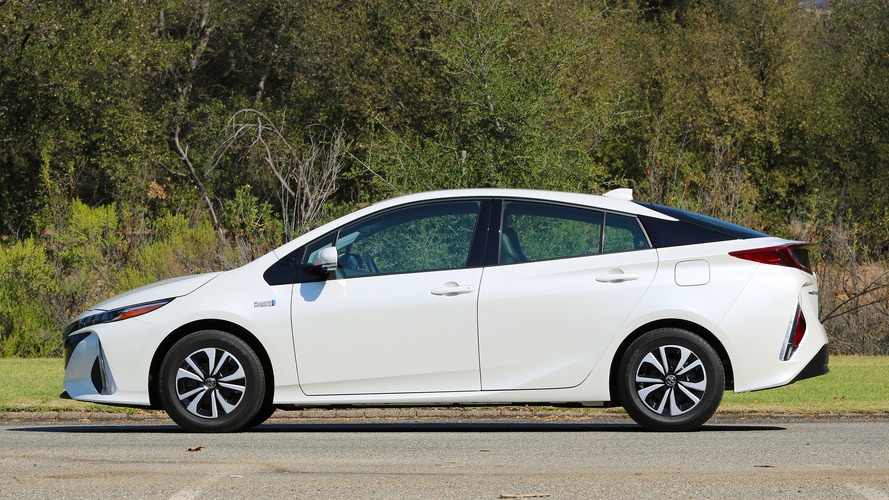 Europe: Most Toyota Car Sales In 2020 Were Hybrids, Rarely Plug-Ins