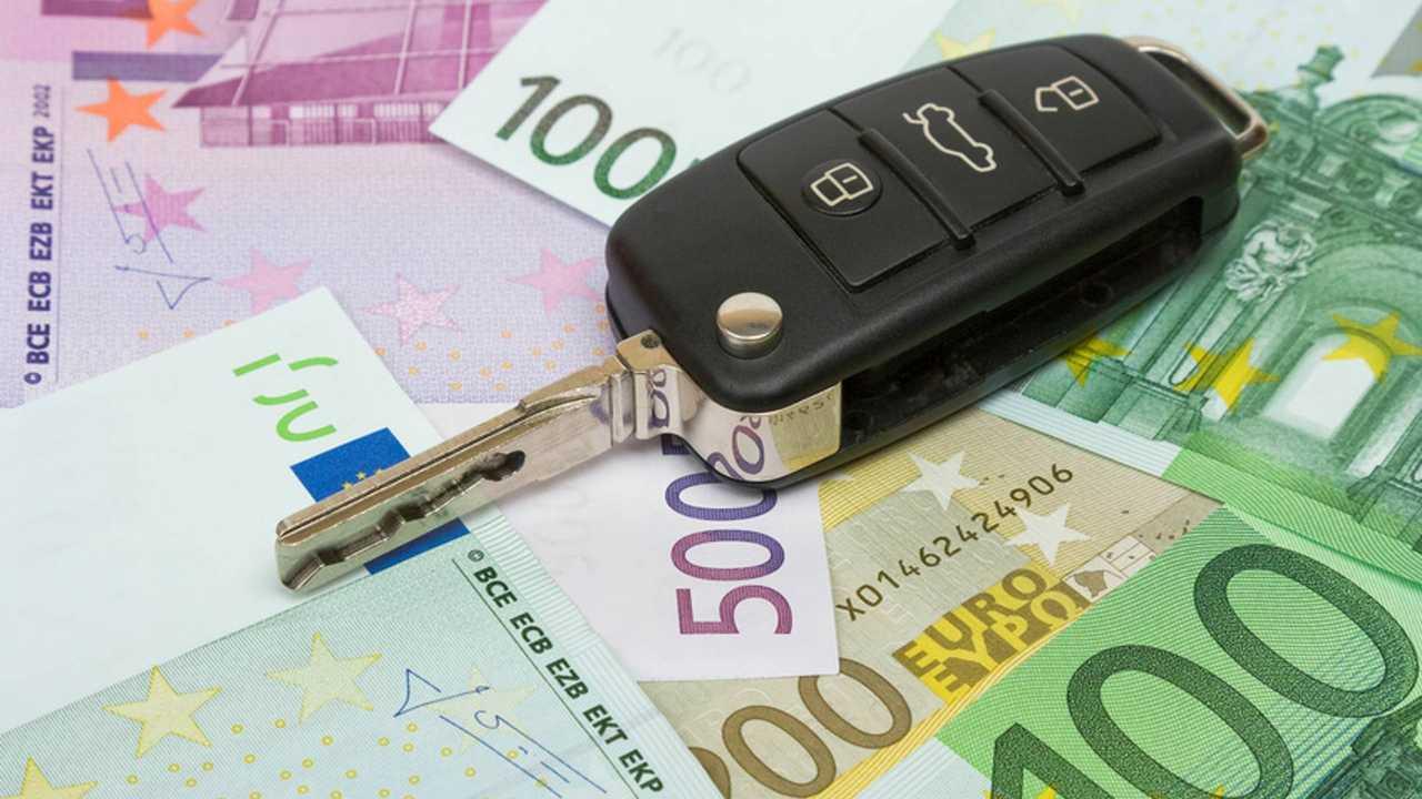 Rc auto online, 3 cose da sapere per risparmiare