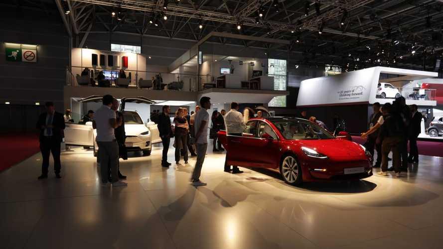 Tesla, Model 3 fa decollare i conti di Elon Musk