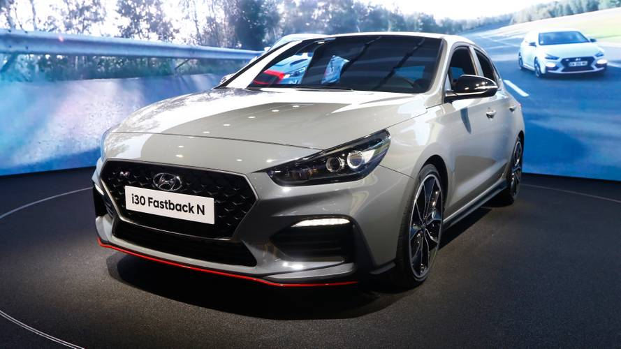 Hyundai i30 Fastback N hot 5-door coupe goes live in Paris