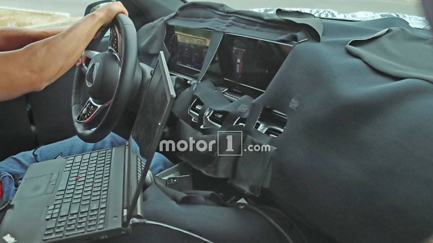 Mercedes-Benz GLS-Class interior spied with massive digital screen