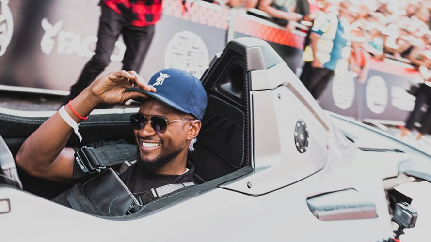 Pop star Usher takes on London in a BAC Mono