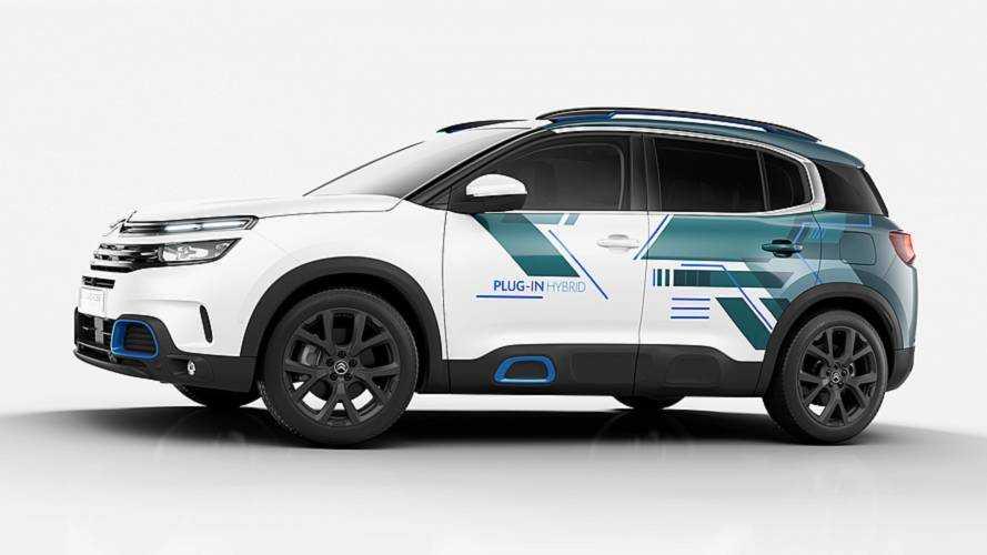 Citroen C5 Aircross, a Parigi il SUV diventa ibrido