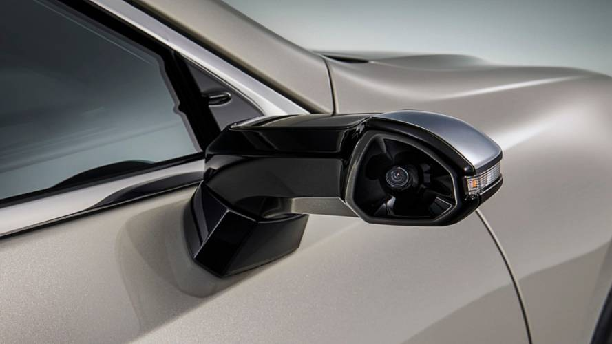 Lexus ES Gets Rearview Cameras To Replace Mirrors, They Look Amazing