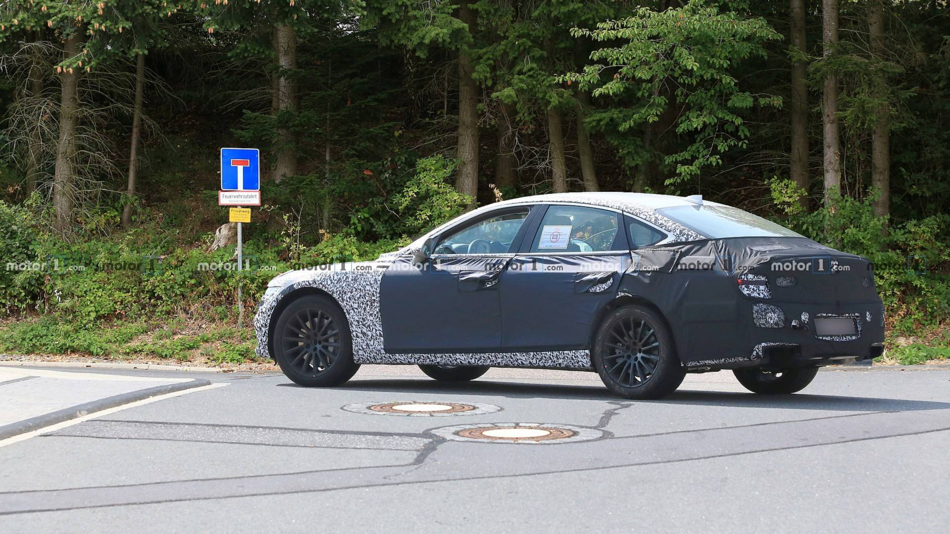 2020 - [Genesis] G80 New-genesis-g80-spy-photo