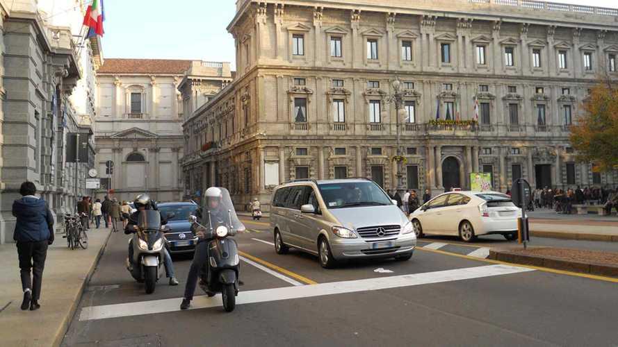 Blocco del traffico, Milano dice no alle deroghe ai poveri