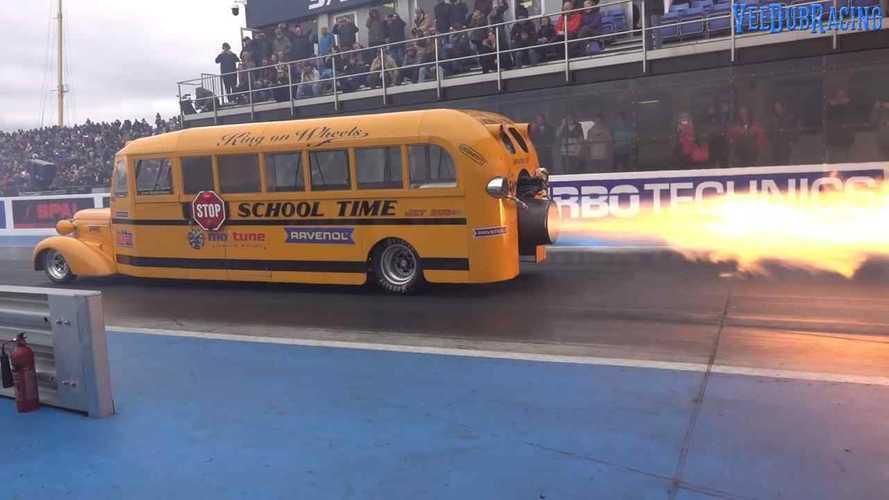 Ilyen egy iskolabusz, amivel szinte lehetetlen elkésni a suliból