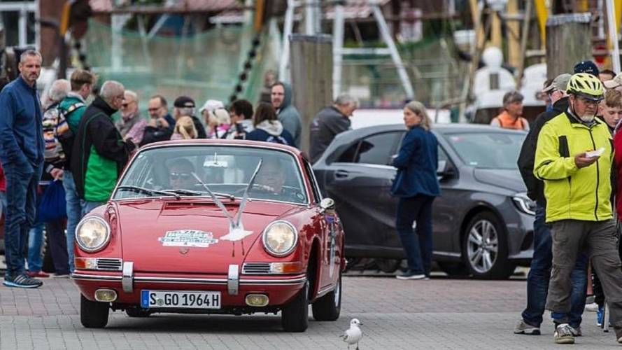 Barn-find Porsche 901 makes post-restoration debut