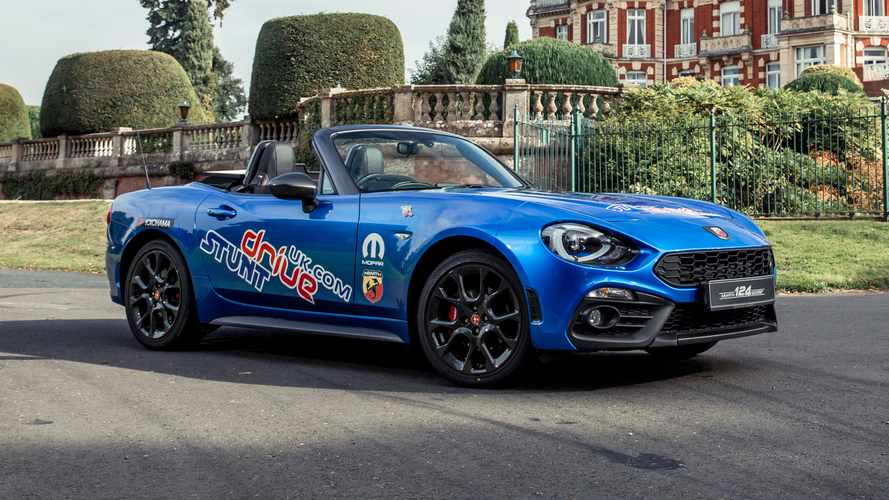 Fiat 124 Abarth Figure-Eights Its Way Into The Record Books