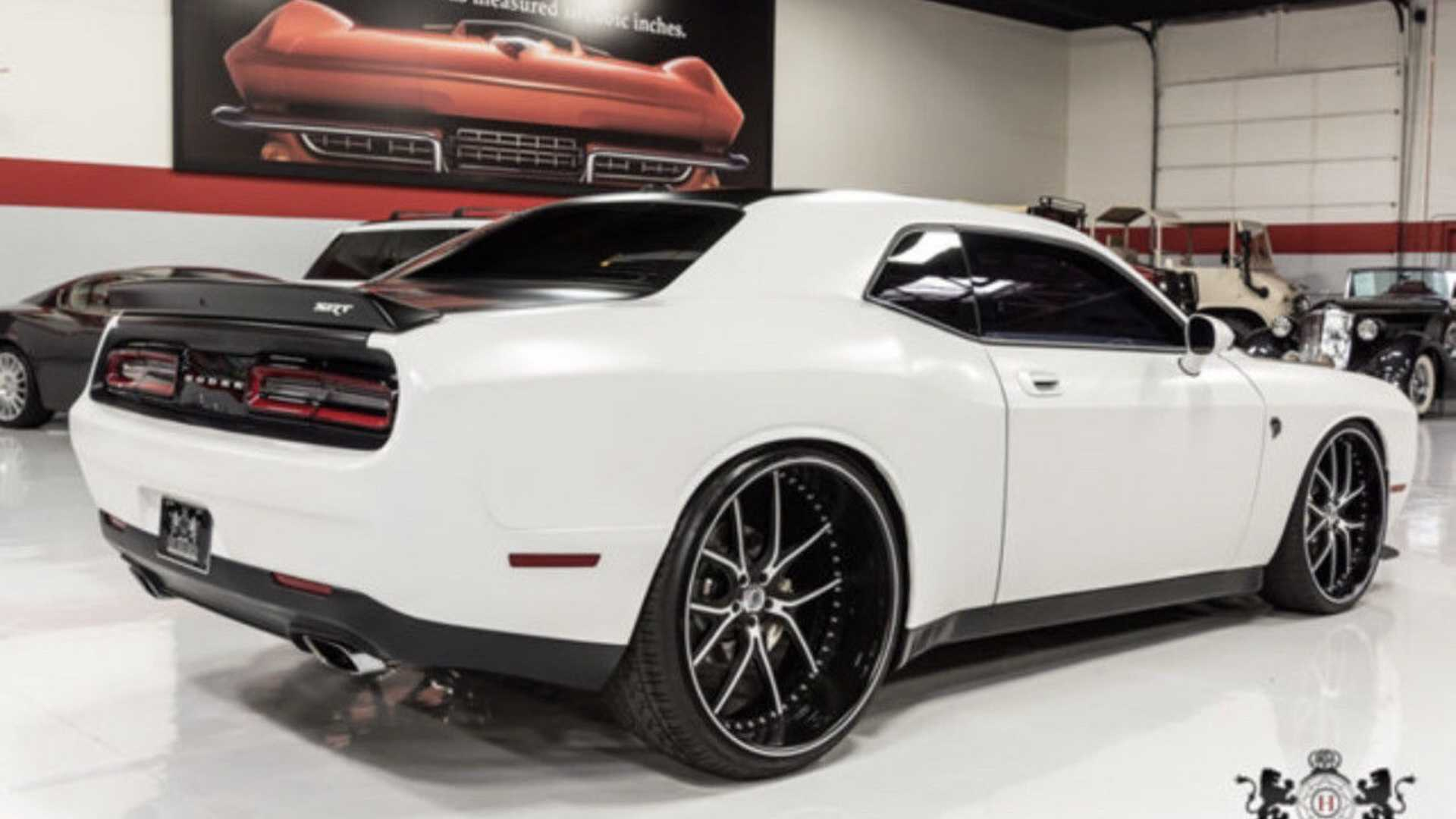 "[""2009 Dodge Challenger for sale""]"