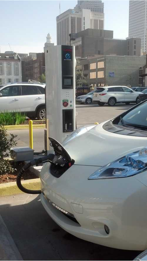 New Orleans Gets First Public Quick Charger Courtesy Of Nissan And Rouses Market