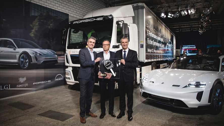 Porsche sceglie i camion elettrici di MAN