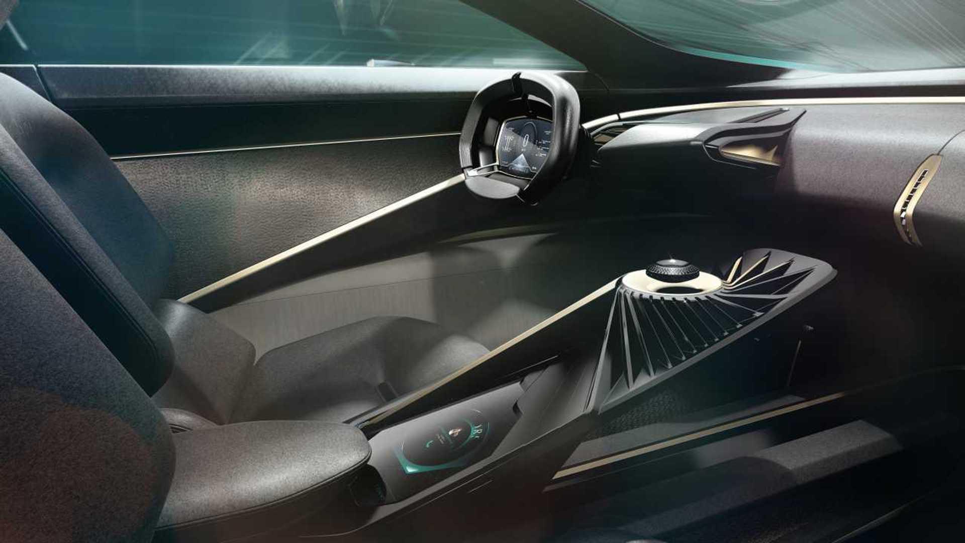 "[""Lagonda All-Terrain Concept""]"