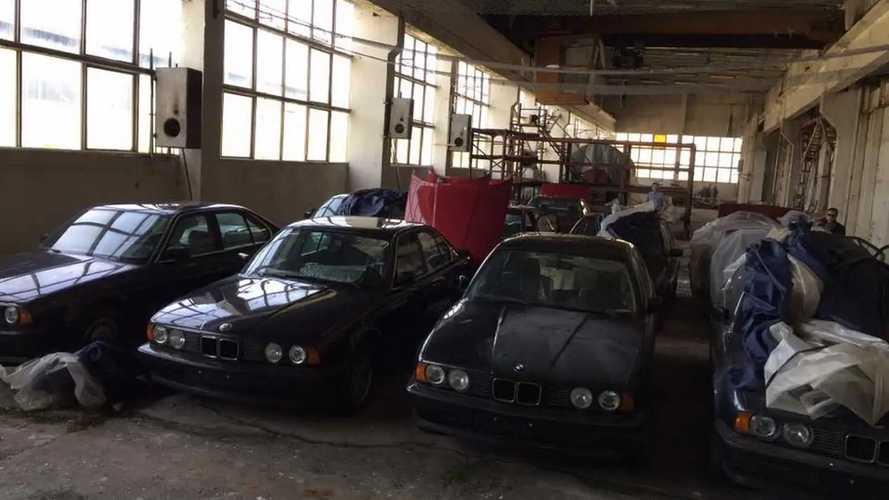Descubre la historia de los 11 BMW Serie 5 E34 abandonados