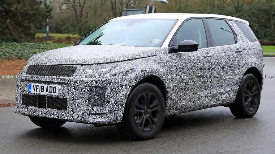 Land Rover Discovery Sport spied up close