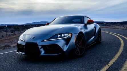 Valaki közel 600 millió forintot fizetett az új Toyota Supra első darabjáért