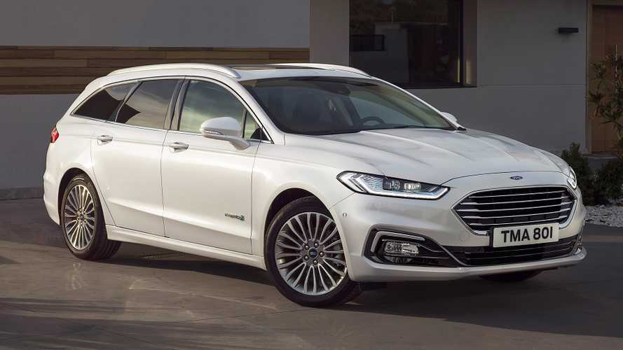 Ford Mondeo, col restyling arriva l'ibrida wagon