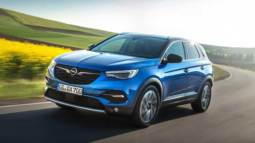 Opel вернется в Россию с тремя моделями